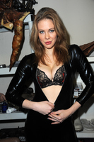 Maitland Ward picture G773549