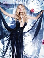 Anna Ewers picture G774443