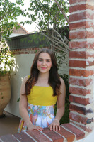 Mae Whitman picture G775235