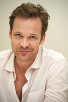 Peter Sarsgaard picture G775672