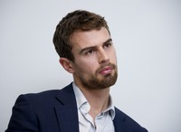 Theo James picture G775768