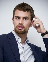 Theo James picture G775771