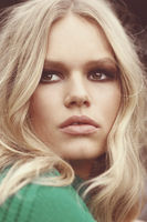 Anna Ewers picture G776564