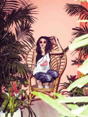 Selena Gomez poster G777727