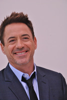 Robert Downey Jr picture G779611