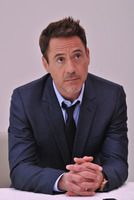 Robert Downey Jr picture G779621