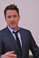 Robert Downey Jr picture G779622