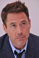 Robert Downey Jr picture G779624