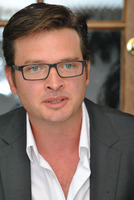 Aden Young picture G780274