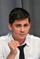 Logan Lerman picture G782347