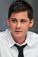 Logan Lerman picture G782355