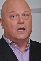 Michael Chiklis picture G782872