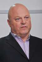 Michael Chiklis picture G782874