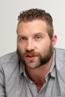 Jai Courtney picture G783871