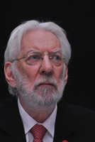 Donald Sutherland picture G784079