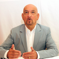 Ben Kingsley picture G784196