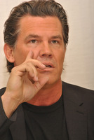 Josh Brolin picture G789425