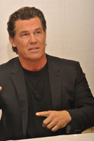 Josh Brolin picture G789428