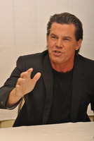 Josh Brolin picture G789430