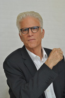 Ted Danson picture G790900
