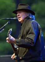 Neil Young picture G792944