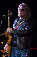 Daryl Hall picture G801124