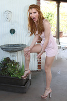 Bella Thorne picture G804380