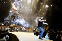 ACDC picture G809014