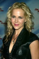 Julie Benz picture G192366