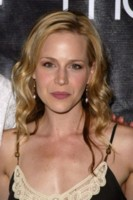 Julie Benz picture G81137
