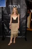 Julie Benz picture G81138