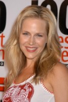 Julie Benz picture G81143