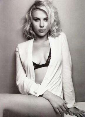 Scarlett Johansson poster G81531