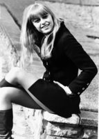 Susan George picture G816271
