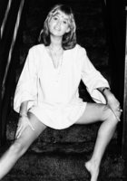 Susan George picture G816277