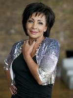 Shirley Bassey picture G817184