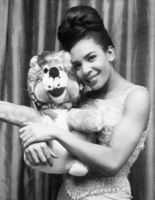 Shirley Bassey picture G817193