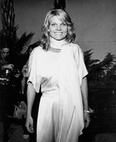 Cathy Lee Crosby picture G818526