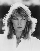 Maud Adams picture G819827