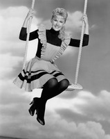 Connie Stevens picture G822187