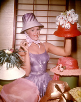 Connie Stevens picture G822189