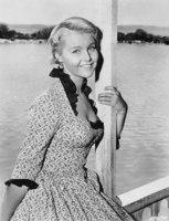 Carol Lynley picture G824344