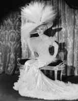 Mae West picture G824852