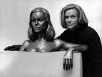 Honor Blackman picture G825770