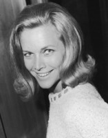 Honor Blackman picture G825773