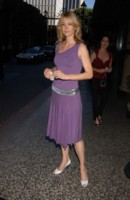 Jenna Elfman picture G83410