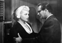 Judy Holliday picture G835563
