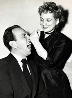 Judy Holliday picture G835580