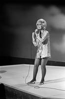Dusty Springfield picture G838124