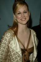 Laura Linney picture G83940